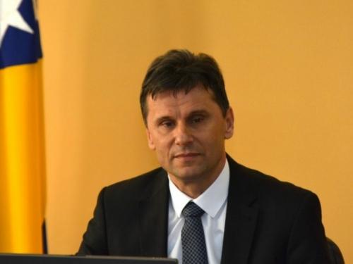 Novalić i Vlada zatajili da se Federacija zadužuje za 80 milijuna KM?!
