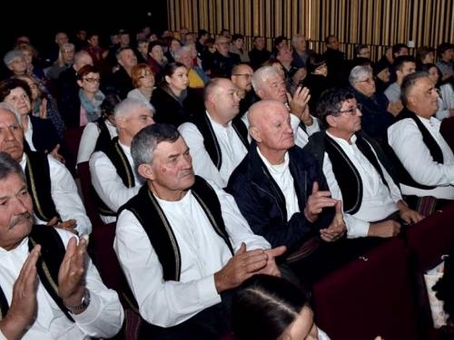 Čuvari običaja svoga kraja u Pleternici nastupili na 13. manifestaciji ''Običaji starog zavičaja''