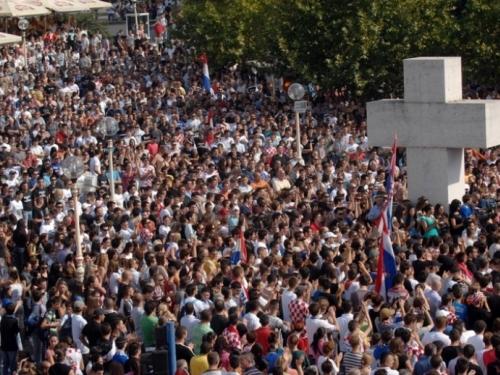 Ekskluzivno: U godini dana u BiH 'nestalo' 11.883 katolika