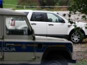 Hrvatska: Kombi s migrantima sletio u rijeku, preminula ženska osoba