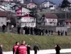 Incident na prijateljskoj utakmici: Navijači utrčali na teren