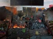 Prosvjednici u Hong Kongu zapalili ulaz u sveučilište