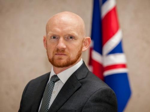 Velika Britanija se već miješa u izbore u BiH 2020. godine