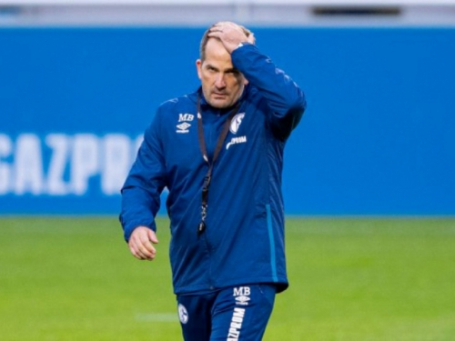 Schalke je 22 utakmice bez pobjede, trener usporedio momčad s bocom kečapa