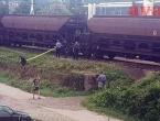 Zeničanina udarila struja dok je prelazio vagon, mladić u teškom stanju