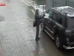 Atentatoru zakazao pištolj - nekoliko puta