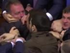 VIDEO: Velika tučnjava u ukrajinskom parlamentu