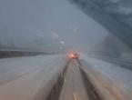 Snijeg okovao Sloveniju - brojne nesreće, ljudi bez struje, poplave, odroni...