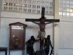 VIDEO: Teroristi ISIS-a zapalili rimokatoličku crkvu i obećali ulaz u Rim