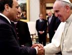 Papa u Egiptu osudio zločine počinjene u ime Boga