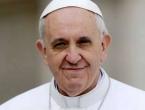 Papa Franjo optužio ekstremiste za narušavanje milostive prirode Boga