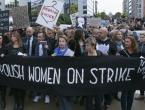 Tisuće Poljakinja u crnini prosvjedovale protiv zabrane pobačaja