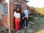 Babići trebaju pomoć: ¨Tata umire, a nemamo ni za režije i drva¨