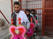 Afganistan pustio na slobodu 400 talibanskih zarobljenika