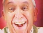 Papa opet oduševio milijune: 'Selfijem' 'srušio' Instagram