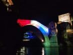 Stari most svijetlio bojama zastave republike Hrvatske