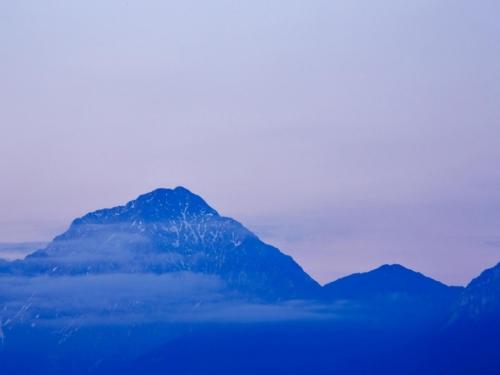 Tragedija u Sloveniji: U lavini smrtno stradala tri planinara, jedan je teško ozlijeđen