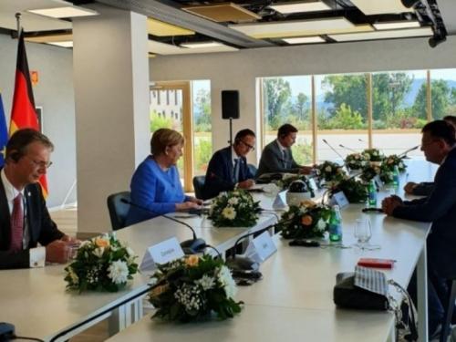Tegeltija s Merkel: BiH je za europski put, povezanost i unapređenje regionalne suradnje