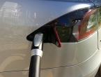 U Toyoti imaju nos za dobar posao - na Tesli zaradili preko milijardu dolara