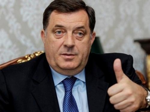 Dodik: Pod revizijom će biti diplome iz Travnika i Širokog Brijega