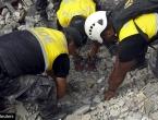Starac preživio 13 dana zatrpan pod ruševinama