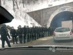 Policija zaprijetila silom: Deblokirana prometnica u Konjicu