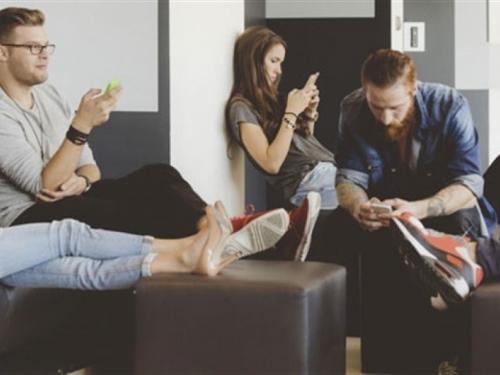 Broj korisnika mobilne telefonije će premašiti pet milijardi u 2017. godini