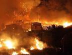 Tisuće vatrogasaca bore se s vatrenom stihijom