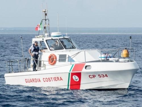 Dvojica Hrvata krenuli s Lošinja, zaspali, brod im potonuo pa plivali do Italije