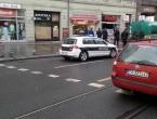 Automobilom se zabio u izlog prodavaonice, jedna osoba poginula