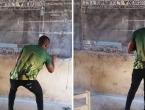 Učitelj iz Gane nema kompjuter, ali našao je način kako klince naučiti informatiku