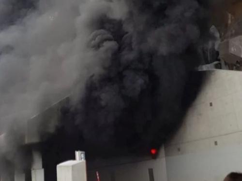 U tunelu u Švicarskoj zapalio se autobus pun srednjoškolaca iz Splita