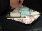 Granična policija spriječila nezakonit prijenos 56.120 eura iz BiH u Dubai