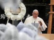 """Papa Franjo osudio """"barbarsko oživljavanje"""" antisemitizma"""