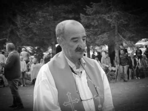 Veliki broj vjernika oprostio se od fra Ivana Pervana