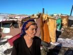 U Paklinama, na putu Rama - Tomislavgrad, Romkinja Melća zove na kavu