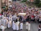Prvi put nakon tri mjeseca više stotina vjernika na misi u Međugorju