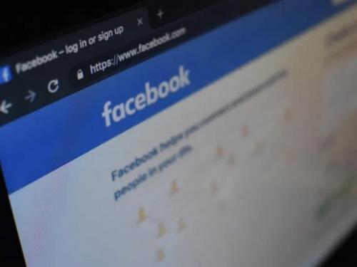 Rat s Facebookom
