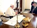 Plenković se sastao s Papom, pozvao ga u Hrvatsku, razgovarali su i o Stepincu