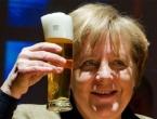 U znak zahvalnosti: Sirijci djevojčicu nazvali Angela Merkel Muhammed