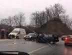 VIDEO | M-17: Šest osoba ozlijeđeno u prometnoj nesreći