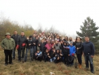 FOTO: Učenici u akciji pošumljavanja