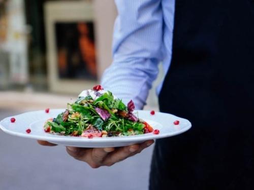 Hrvatski grad zabranjuje otvaranje novih restorana