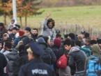 Migranti na ulici prodaju humanitarnu pomoć
