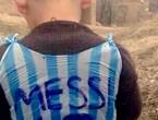 Svi tragaju za dječakom koji je oduševio Messija!