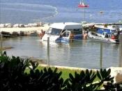 Kakav peh: Policijski kombi završio u Jadranskom moru