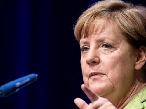 Merkel: Neki izbjeglice iz arapskih zemalja donose antisemitizam