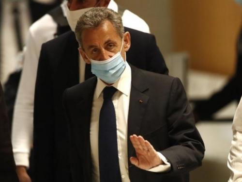 Nicolas Sarkozy proglašen krivim, dobio tri godine zatvora!