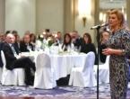 Kolinda: Mlade moramo vratiti u dvije domovine hrvatskog naroda