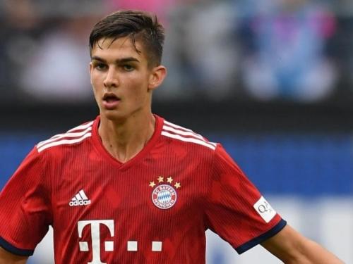 Tko je mladi stoper Bayerna koji sanja poziv Zlatka Dalića?